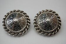 LARGE BOLD 1980'S RUNWAY COUTURE SILVER TONED METAL ETRUSCAN STYLE CLIP EARRING