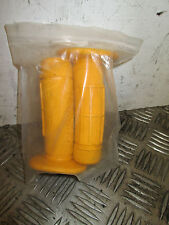 PIT BIKE MINI BIKE PALE ORANGE HAND GRIPS    (51D)
