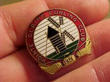 ORIGINAL VINTAGE POINTE CLAIRE CURLING CLUB ENAMEL PIN BADGE