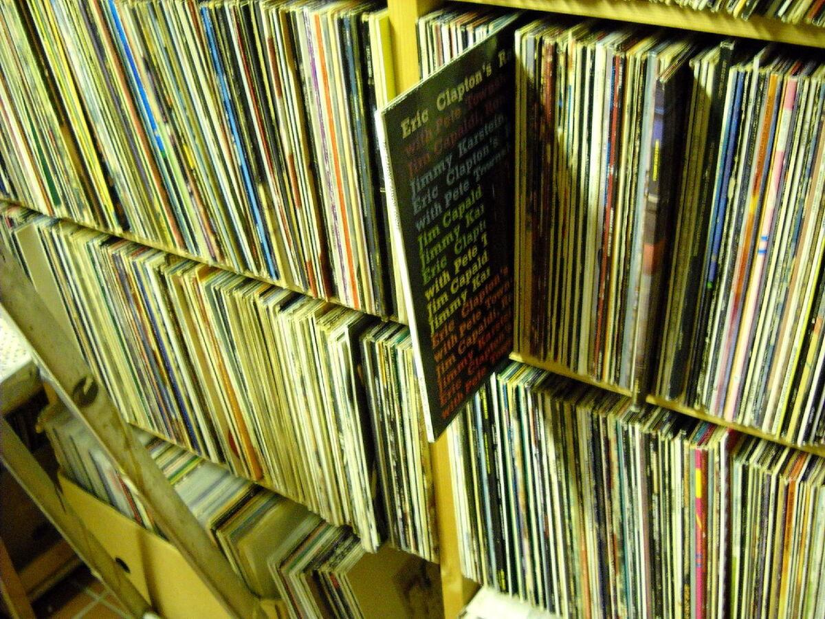 Zwoelf-Zoll's Music Shop