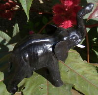ELEPHANT EN CUIR  NOIR STATUETTE DE COLLECTION  FABRICATION ARTISANALE *