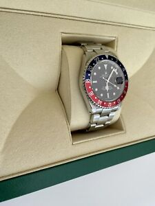 Rolex GMT Master II 2 -16710 Pepsi Steel Watch. P Serial - 2000