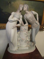 """LLadro """"Romeo and Juliet"""" sculpture by Alfredo Ruiz issued 1971 RETIRED 18"""""""