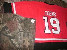 Jonathan Toews #19 Chicago Blackhawks Red NHL Youth Jersey Large 12/14 NWOT