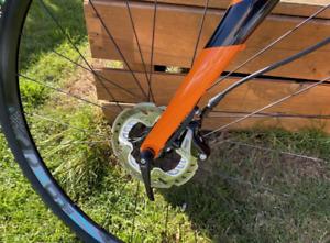 Giant TCX Advanced Carbon Cyclocross/Gravel Bike