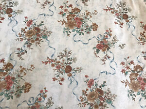 Robert Swaffer  Fabric  Vintage 'Henley' Floral Brushed Cotton - 56x51cm FQ