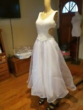 Alyce Designs Wedding dress size 8 ivory/white sides out tea length