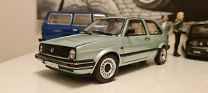VW Golf 2 CL 1987 hellgrün metallic Modellauto 1:18 Norev