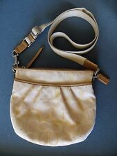 COACH Signature Crossbody Bag Pleated Purse Zip Top Swingpack Pouch