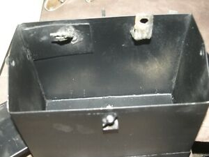 Piper PA-28 Battery box and cover