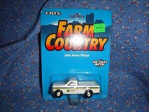 """NOC Ertl Farm Country John Deere Pickup  Die-Cast Metal  3 5/8"""" Long  5692"""