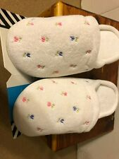 New Isotoner Secret Sole Arch Support Flowered Slippers Woman's 6.5-7 Same Day S