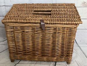 Vintage Wicker Fishing Creel / Basket / Stool