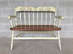 ETHAN ALLEN HITCHCOCK STYLE ARROW BACK IVORY DEACONS BENCH (14-6182) (604)