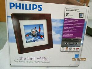 Phillips Home Essentials Digital PhotoFrame  8 inch SPF3480T/G7 New in Box