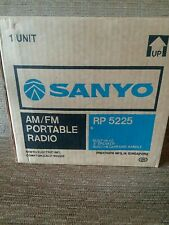 Sanyo Model RP 5225  AM/FM Portable Radio 2 Band Solid State Receiver NEW