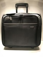 "Solo Rolling Wheeled Business Carrying Case Laptop Briefcase Black 17""x15""x9"""