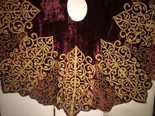 """Fab! Vtg Burgundy Velvet w Tan Applique & Embroidery Christmas Tree Skirt 67""""D"""