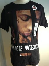 HOT TOPIC BLACK T SHIRT FREE WEEZY SLIM FIT TEE SIZE XS