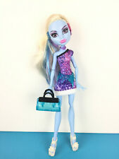 Monster High Doll Abbey Bominable Scaris / Poupée