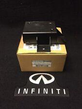 OEM INFINITI 03-05 FX35 / FX45 REAR COMBINATION LAMP MODULE B6760-CG000