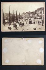 Port et promenade à identifier  Vintage albumen print, carte cabinet.  Tirage