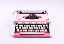 Bubble Gum Pink - Typewriter Olympia Traveller De Luxe - working portable manual