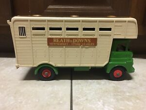 Vintage 1960s TRIANG England Heath & Downs Horse Lorry Truck