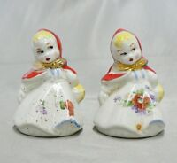 VINTAGE SHAWNEE POTTERY LITTLE GIRLS SALT & PEPPER SET