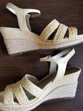 feb3cfc736b30 Liz Claiborne Women s Buckle Sandals and Flip Flops
