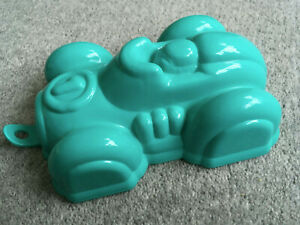 VINTAGE 1970s RACING CAR No1 HARD PLASTIC JELLY MOULD made for Habitat