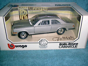 BURAGO 3001 ROLLS - ROYCE CAMARGUE IN SILVER GREY COMPLETE WITH MASCOT M/BOXED