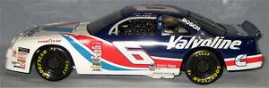 """1996 Mark Martin """"Valvoline"""" 1:18 Scale NASCAR Diecast Car"""