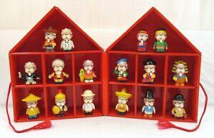 Set of 16 COLONEL SANDERS AROUND THE WORLD Figure Lot +House Display Case KFC