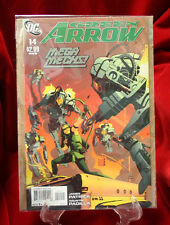 DC Comics - Green Arrow #14 Sept. 2011 / Mega Mechs