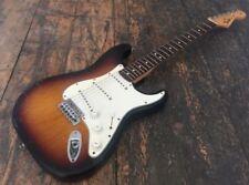 Guitares, basses et accessoires Fender 6 cordes 4/4