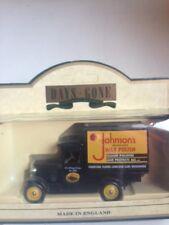LLEDO DG51012 CHEVROLET BOX VAN JOHNSONS WAX POLISH