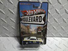 Hot Wheels Boulevard Blue/White Vairy 8 w/Real Rider's