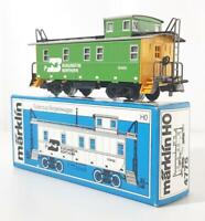 MARKLIN 4775 HO 3 RAIL -  BN, BURLINGTON NORTHERN LIVERY CABOOSE No.10469