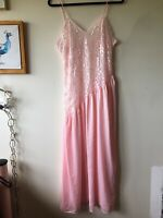Vintage Undercover Wear Full Nightgown Lingerie Sz Medium