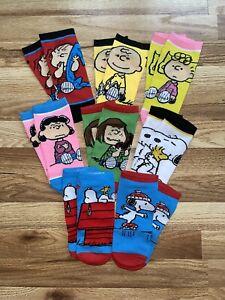 Peanuts Snoopy Charlie Brown Ladies Socks 8 Pairs - NEW