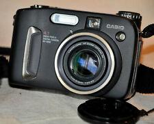 Digitalkamera Casio QV-4000 4.1 Mega PixelsCanon lens AF zoom optical 3x 7,0-21