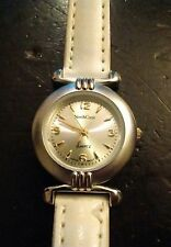 Vintage North Crest ladies watch, running with new battery NR