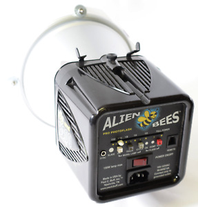 Paul C Buff Alien Bees B400 160WS Black Pro Photo Flash Unit (Needs New Lamp)