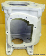 GM Muncie 4-Speed Transmission 3925660 Case. VIN: 28P341100