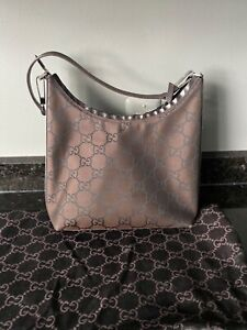 Gorgeous Gucci Brown Monogram Purse with dust bag