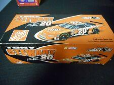 Tony Stewart #20 2002 Home Depot Pontiac Grand Prix (1:24 Scale)