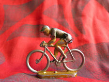 Figurine de cycliste en aluminium à identifier (Quiralu ?) - Lot 9