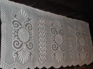 Heavy Weight Polyester Lace Arm Caps And Settee  Backs In White & Cream