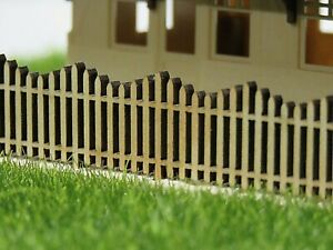 HO PICKET FENCE Wave top 18mm high x 100mm long (x 4) Laser cut Pine New